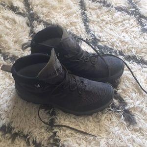 salomon outline mid gtx hiking boot - men's gloves